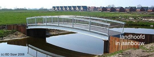 landhoofd_1_bij_fietsbrug_bergierslanden_meppel_www_kloosterman-waterbouw_nl.jpg