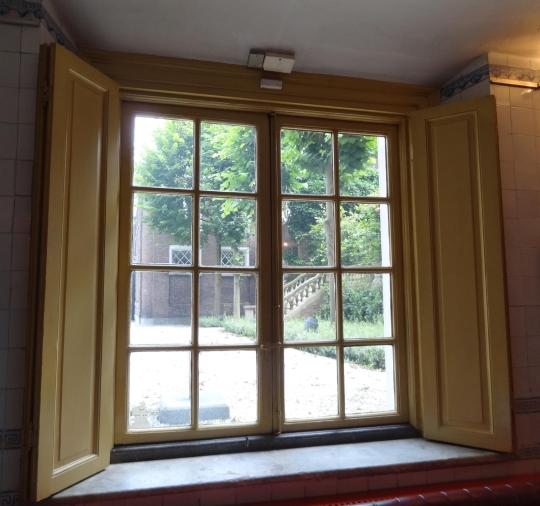 Geliefde vensterluik &OB57